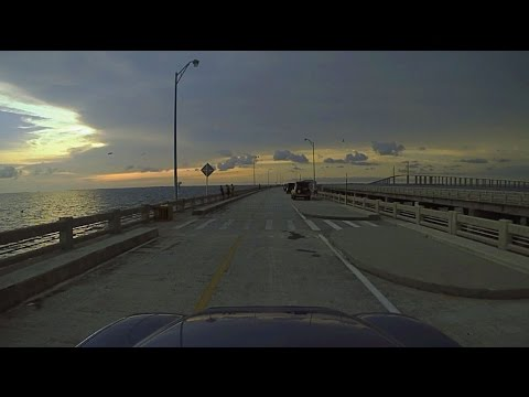 A drive out the sunshine skyway fishing pier over tampa for Skyway bridge fishing